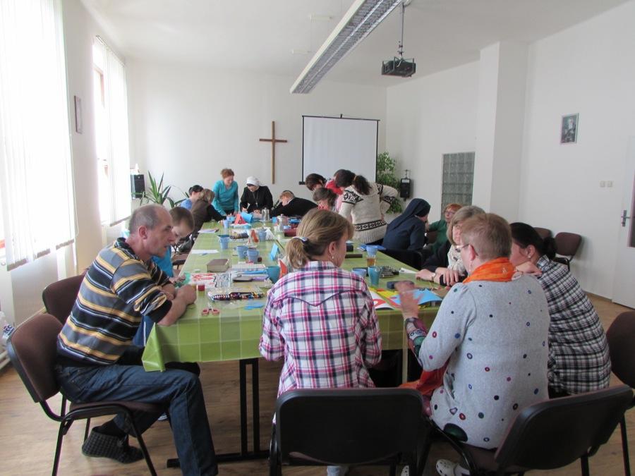 Sustredenie, Kostolna, April 2015-02