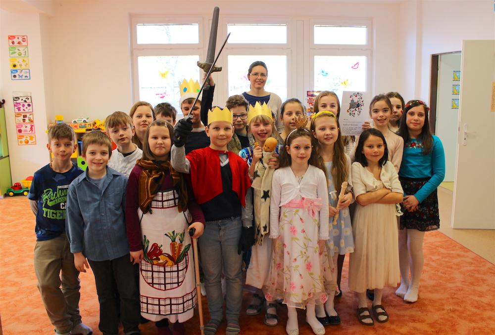 Divadlo pre deti z EMŠ - šípová Ruženka